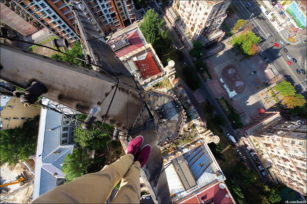 Extreme height: Crazy cityscapes by a thrill-seeker Ivan Kuznetsov - 56