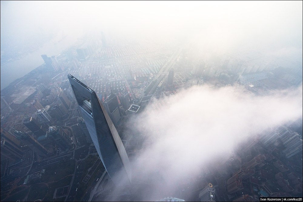 Extreme height: Crazy cityscapes by a thrill-seeker Ivan Kuznetsov - 61