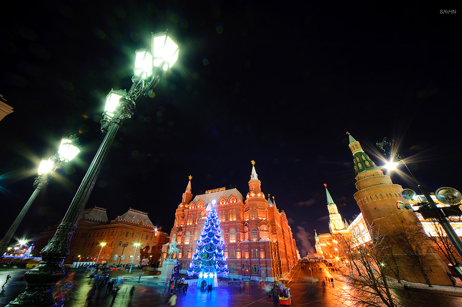 Night Moscow: Brilliant lights of the winter capital city of Russia - 18