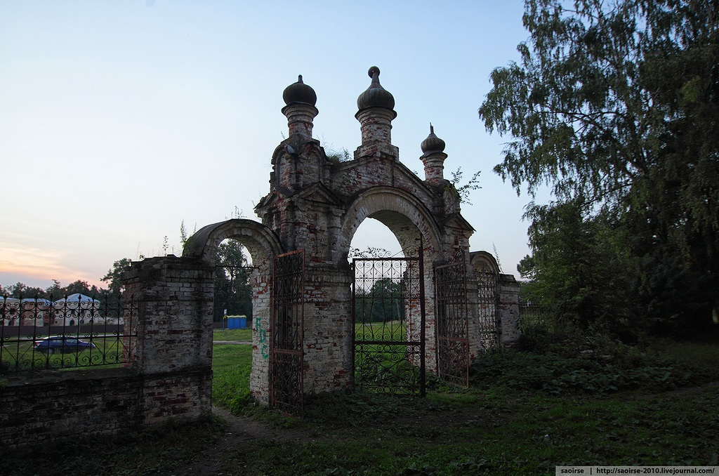 Unhappy temple: Ruins of Our Lady of Kazan Orthodox Cathedral - 05