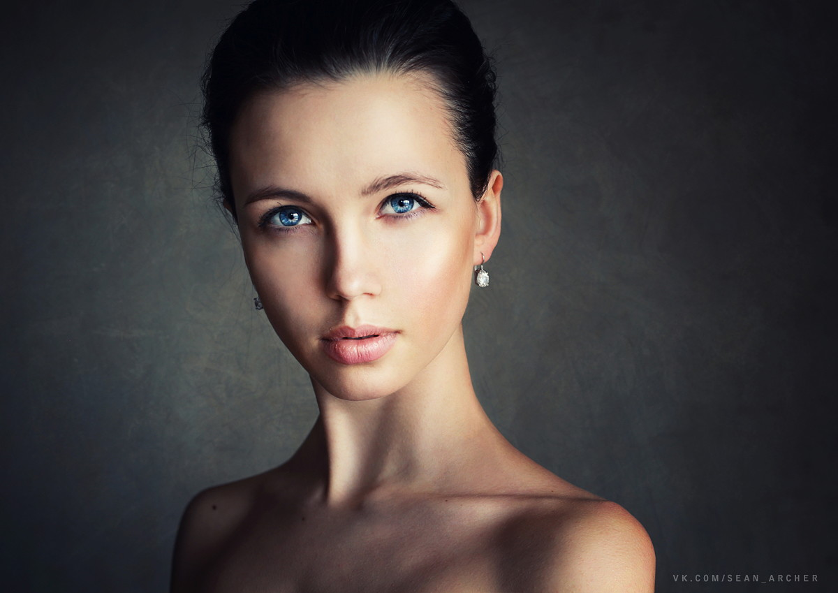 Catchy gaze: Expressive portraits of girls by Stanislav Puchkovsky - 33