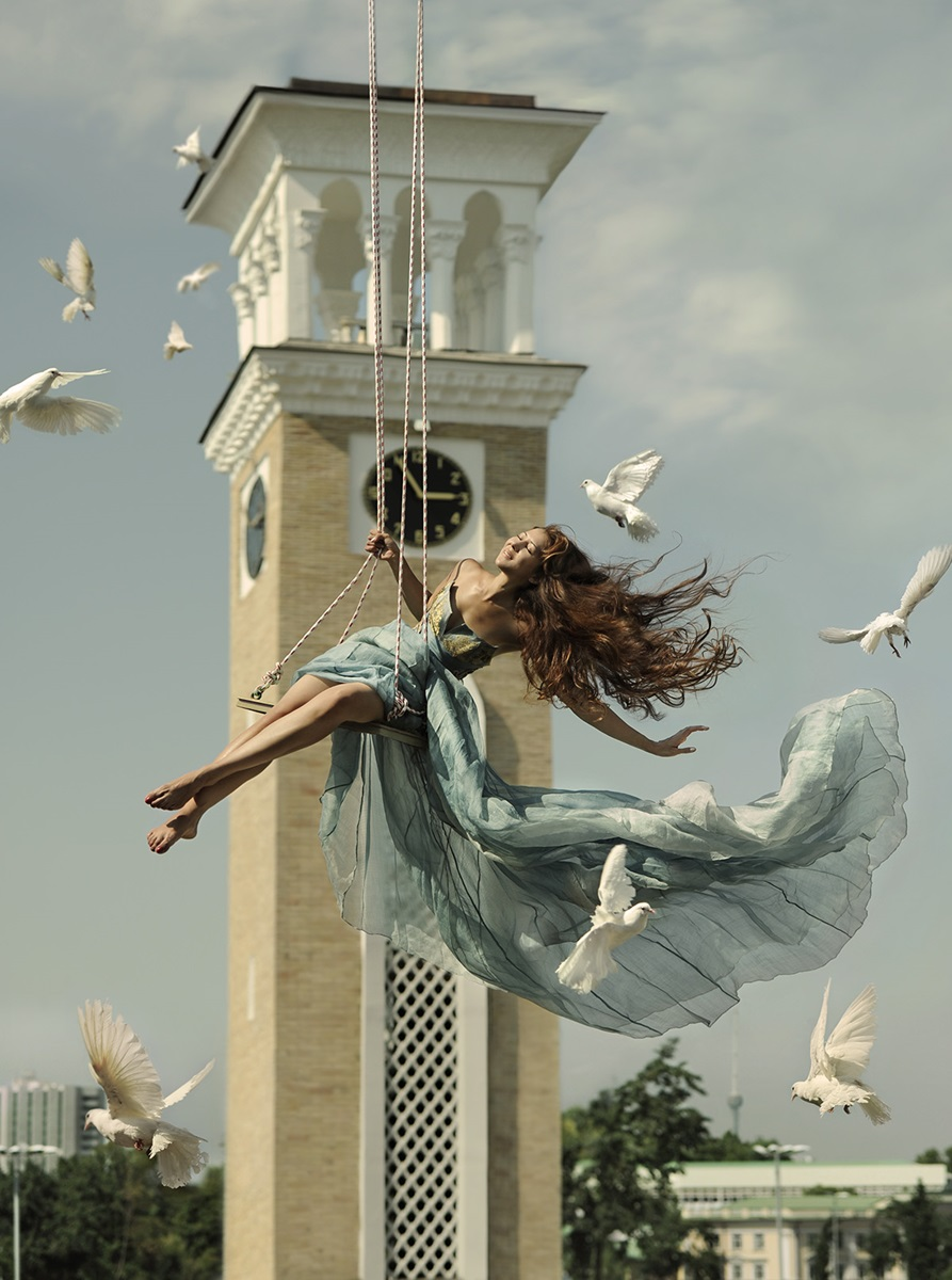 Flight of fantasy: Incredible art photography by Ravshaniya Azulye - 19