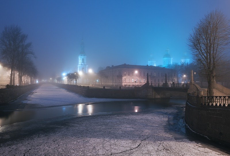 Night Saint Petersburg: Amazing photos of the city by Sergey Louks - 01