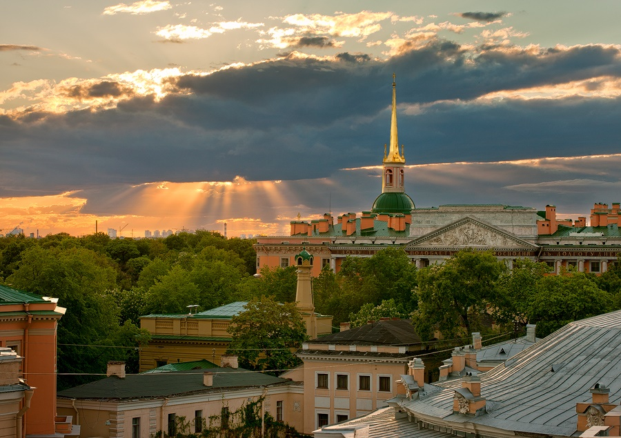 Night Saint Petersburg: Amazing photos of the city by Sergey Louks - 11