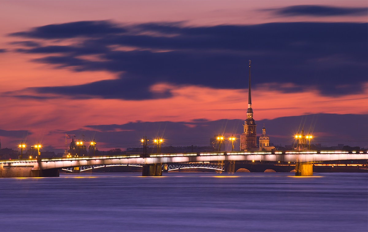 Night Saint Petersburg: Amazing photos of the city by Sergey Louks - 26