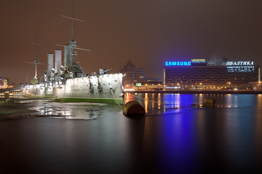 Night Saint Petersburg: Amazing photos of the city by Sergey Louks - 08