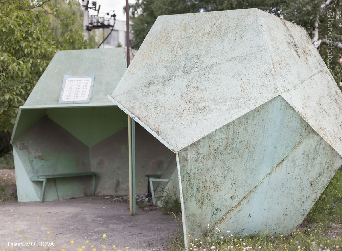 The USSR legacy: Photos of Soviet bus stops by Christopher Herwig - 18
